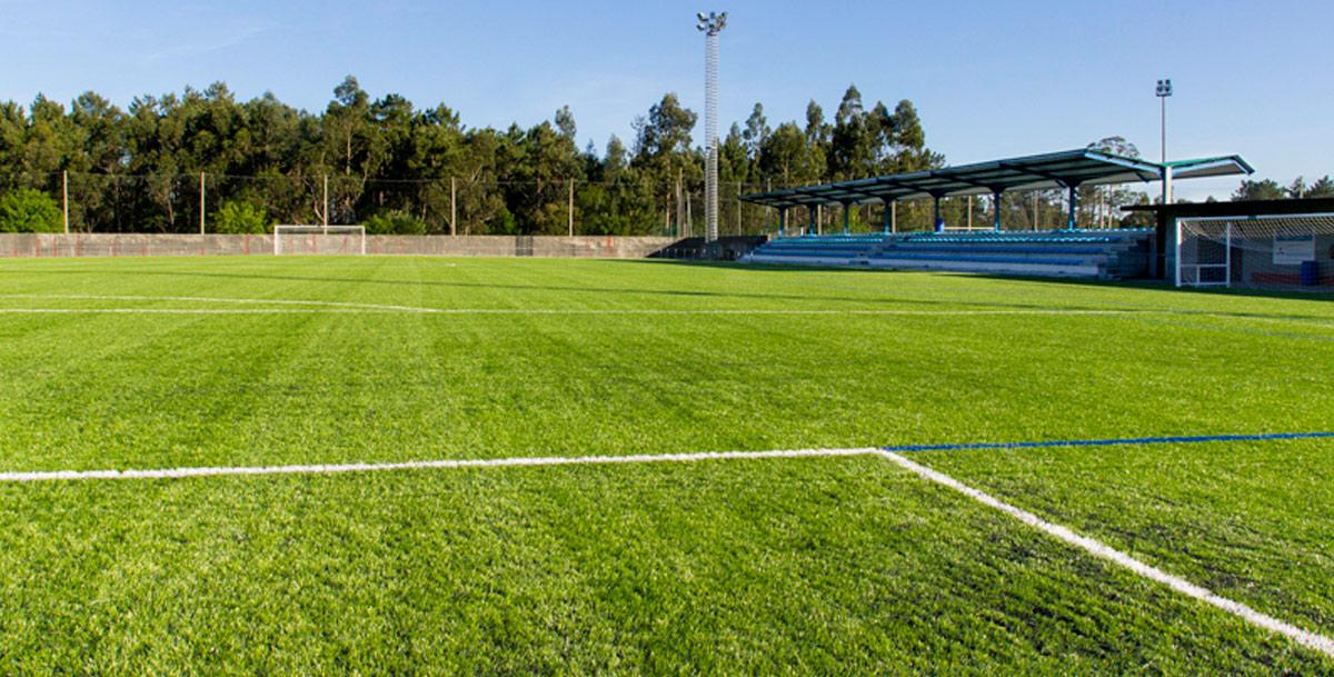 oziona campo de fútbol en Vista Alegre (Boiro)