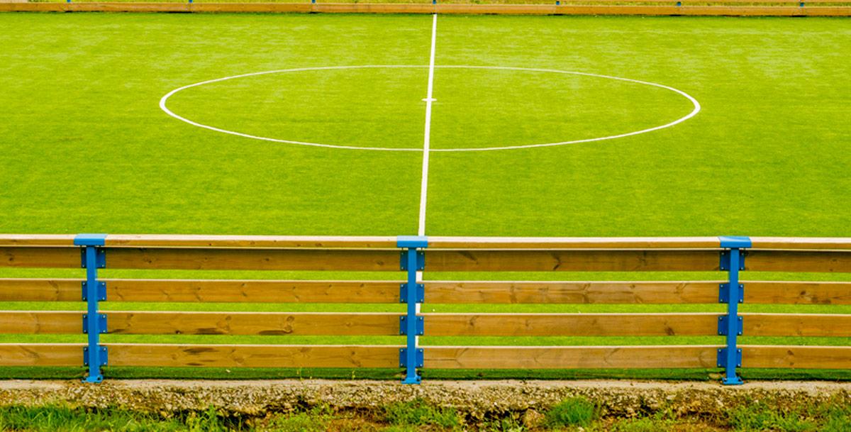 oziona pista multideportiva en Frións (Riveira)