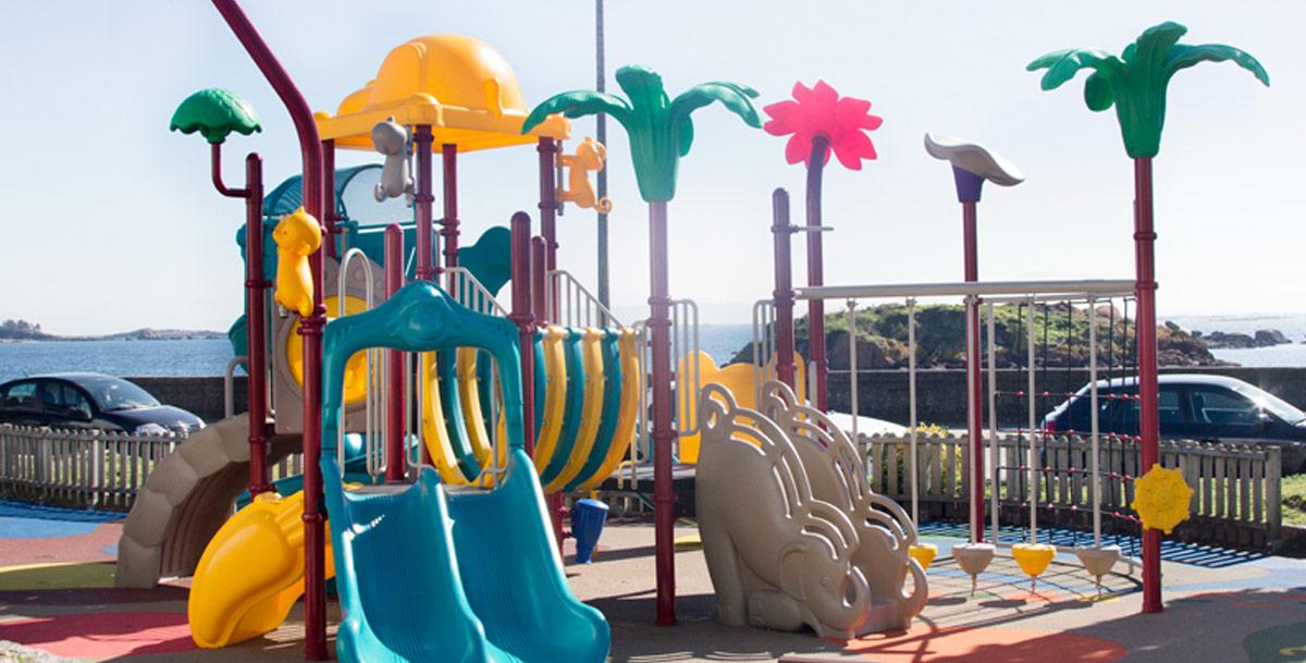 parque infantil en Palmeira (Riveira)
