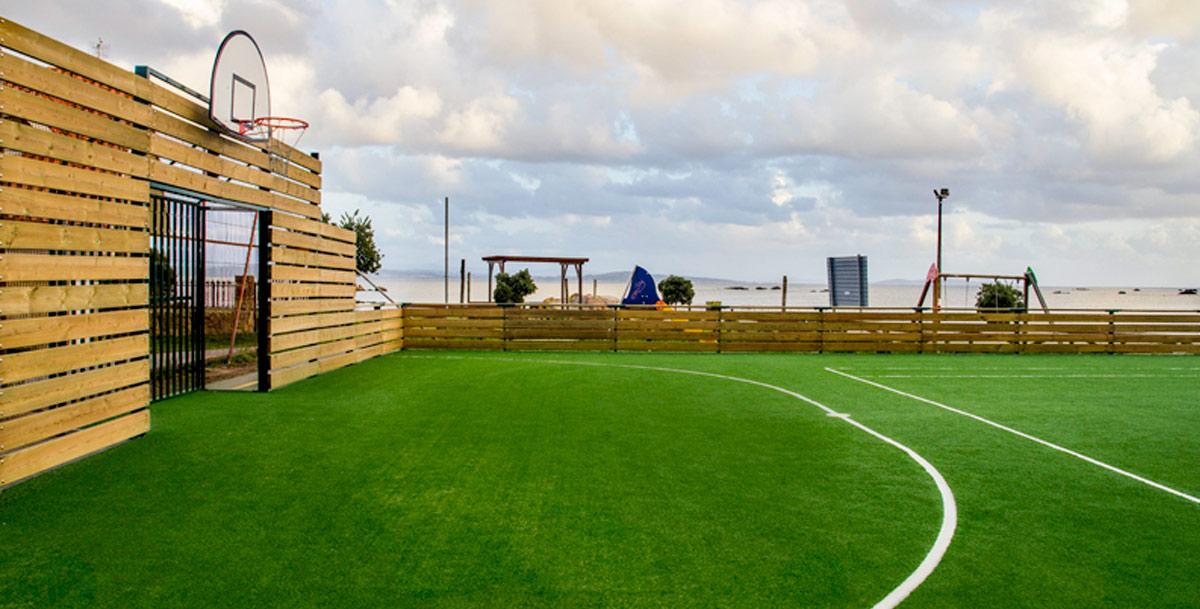 oziona pista multideportiva en Ameixido (Riveira)