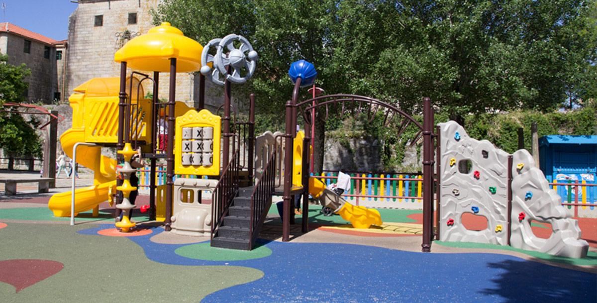 oziona parque infantil en Vilagarcía